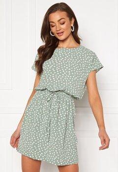 ONLY Mariana Myrina S/S Dress Chinois Green Bubbleroom.no