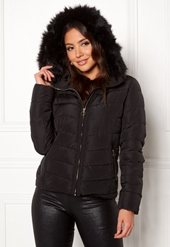 bb66ee67c0b ONLY New Ellan Quilted Jacket Black/Black Fur Bubbleroom.no