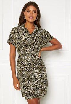 ONLY Nova Lux S/S Shirt Dress Kalamata AOP Bubbleroom.no