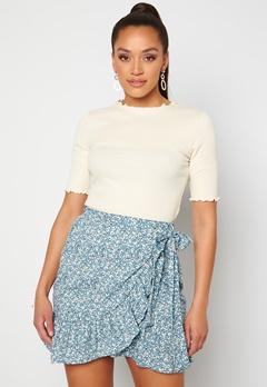 ONLY Olivia Wrap Skirt Dusk Blue/ Flower<br>  Bubbleroom.no