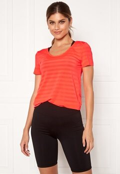 ONLY PLAY Sue V-Neck Training Tee Fiery Coral Bubbleroom.no