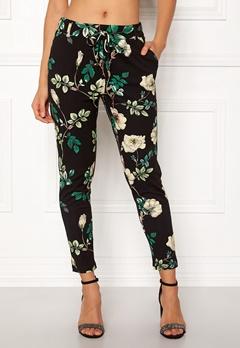 ONLY Poptrash Flower Pant Black/Green Flower Bubbleroom.no