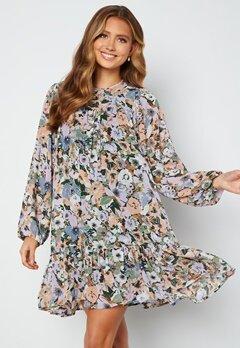 ONLY Star Frill Short Dress Black Flower Garden bubbleroom.no