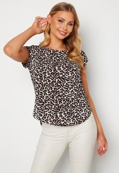 ONLY Vic SS Aop Top Pumic Stone Leopard Bubbleroom.no