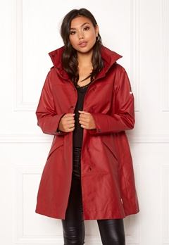 Odd Molly Outstanding Rainjacket Deep Red Bubbleroom.no