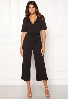 Pieces Duna 2/4 Cropped Jumpsuit Black Bubbleroom.no