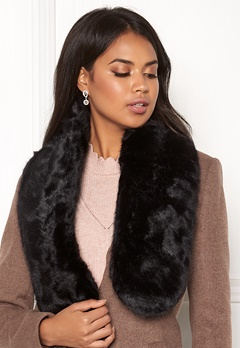 Pieces Fur Scarf DC Black/Solid Bubbleroom.no