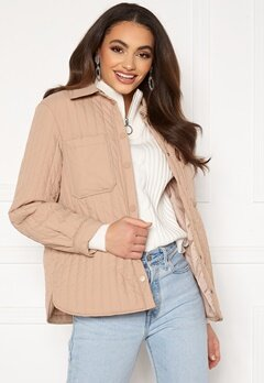 Pieces Gretzel Quilted Overshirt Warm Taupe Bubbleroom.no