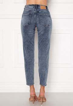 Pieces Lili Slim MW Jeans Light Blue Denim bubbleroom.no