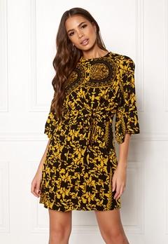 AX Paris Printed Flared Dress Black Bubbleroom.no