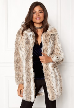 QED London Leopard Faux Fur Coat Snow Leopard Bubbleroom.no
