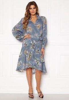 Ravn Cosima Wrap Dress Blue Flower Bubbleroom.no