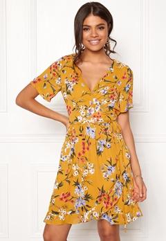 Rut & Circle Eleonor Wrap Dress Yellow Flower Bubbleroom.no