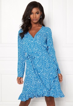 974074b1 Samsøe & Samsøe Limon LS Dress Aop Blue Buttercup Bubbleroom.no