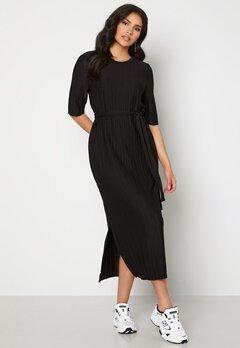 SELECTED FEMME Terle 2/4 Midi Plisse Dress Black Bubbleroom.no