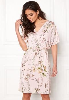 Sisters Point Lenda Dress 585 Rose/Flower Bubbleroom.no