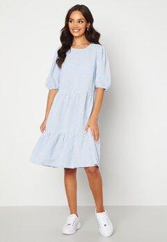 Sisters Point Vilka Dress 841 Blue/White Bubbleroom.no