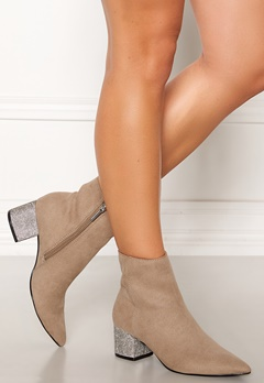 Steve Madden Maggie Boots Taupe Bubbleroom.no