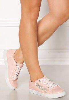 Truffle Strut New Sneakers Blush Bubbleroom.no