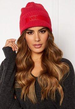 Svea Big Badge Svea Hat 400 Red Bubbleroom.no