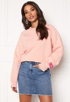 Svea W. Svea Embo Crew Neck 534 Pearl Blush Bubbleroom.no