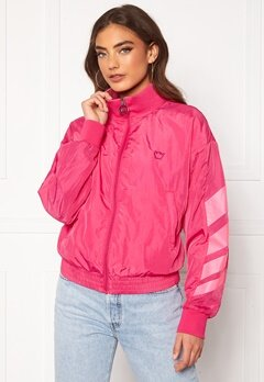 Svea W. Windbreaker Jacket 533 Bright Pink Bubbleroom.no