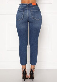 the Odenim O-Crop Jeans 02 Midblue Bubbleroom.no