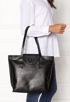 TIGER OF SWEDEN Louise Tote Bag 050 Black Bubbleroom.no