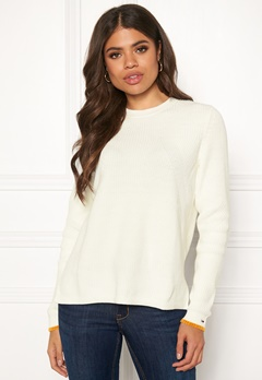TOMMY JEANS Side Slit Crew Sweater YAP Snow White Bubbleroom.no