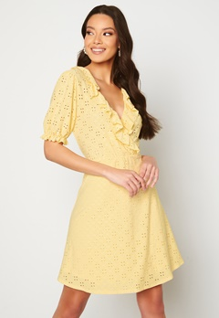 VILA Tressy S/S Wrap Dress Sunlight Bubbleroom.no