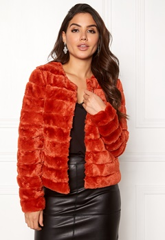 VERO MODA Avenue Faux Fur Short Ketchup Bubbleroom.no