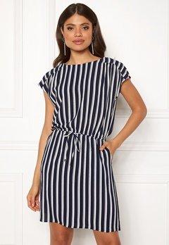 VERO MODA Sasha Bali Short Dress Navy Blazer/Stripe Bubbleroom.no