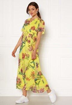 VERO MODA Wonda S/S Wrap Maxi Dress Celandine AOP Bubbleroom.no
