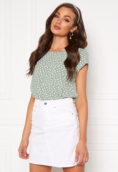 ONLY Vic SS Aop Top Chinois Green/ Dot Bubbleroom.no