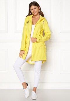 VILA Cloud Rain Jacket Lemon Zest Bubbleroom.no