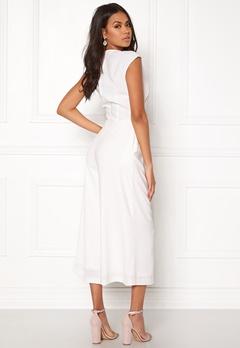 VILA Melis Cropped Jumpsuit White Bubbleroom.no