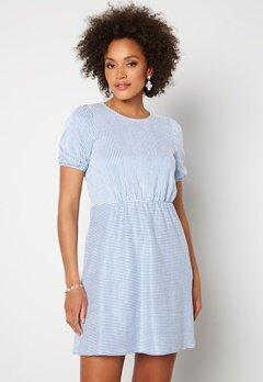 VILA Milac O-Neck S/S Dress Cashmere Blue Stripe bubbleroom.no