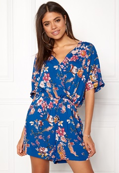 VILA Morra V-neck Playsuit Allure Bubbleroom.no