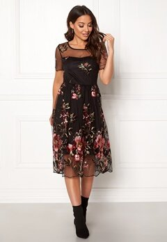 VILA Perno S/S Embroidery Dres Black Bubbleroom.no