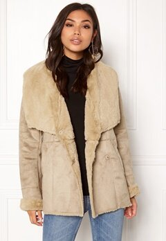 VILA Vipony Sherling Jacket Soft Camel Bubbleroom.no