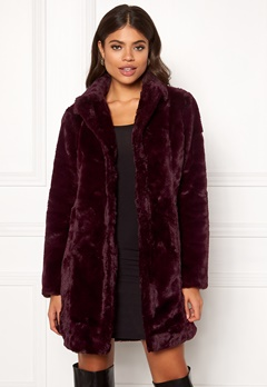 VILA Softa Faux Fur Coat Winetasting Bubbleroom.no