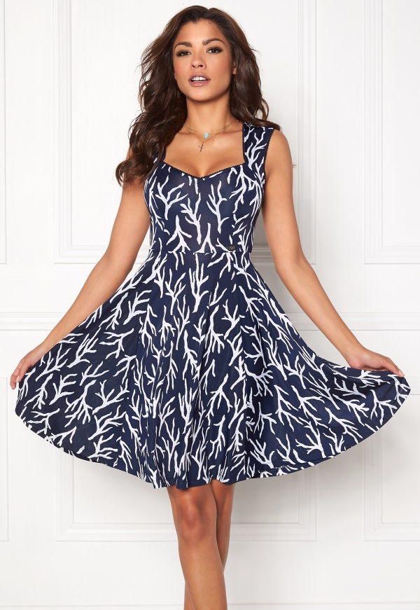 59938e26 Find lekker blå & hvit tunika kjole. Shop every store on the ...