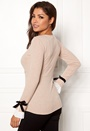 Gigliola wrap top