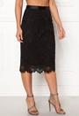 Lady Skirt Groupie