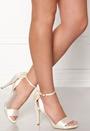 Mika Shoe