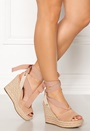 Shiloh Wedges