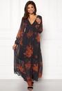 Melaki 3/4 Sleeve Dress