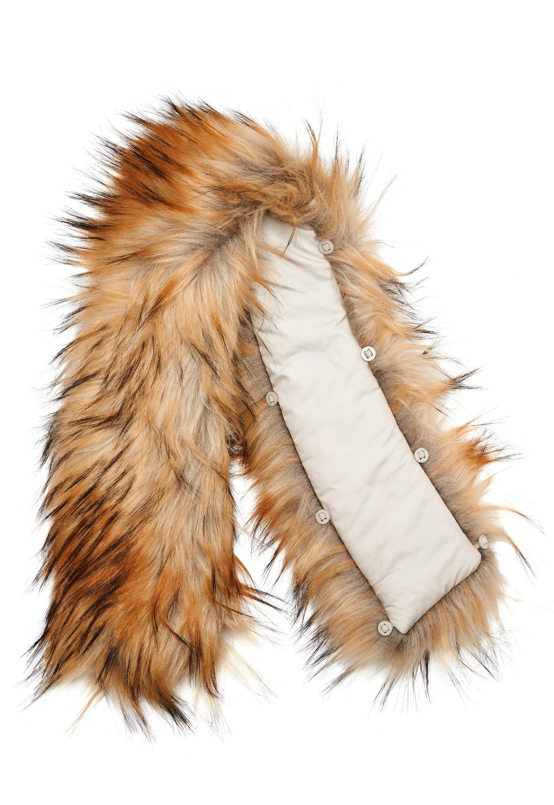 ROCKANDBLUE Faux Fur Trim Natural Bubbleroom