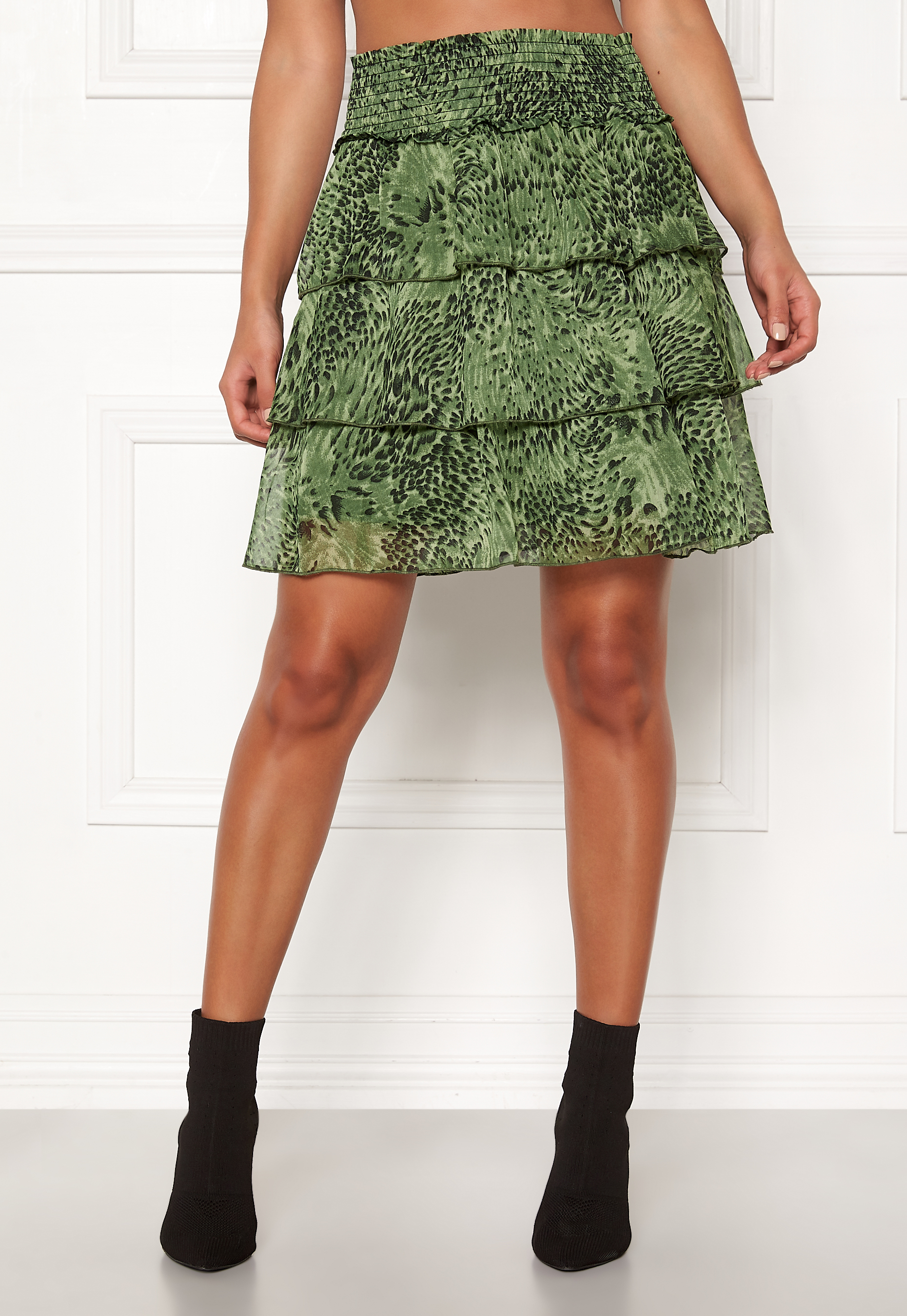 Y.A.S Shannen MW Skirt Chive Bubbleroom